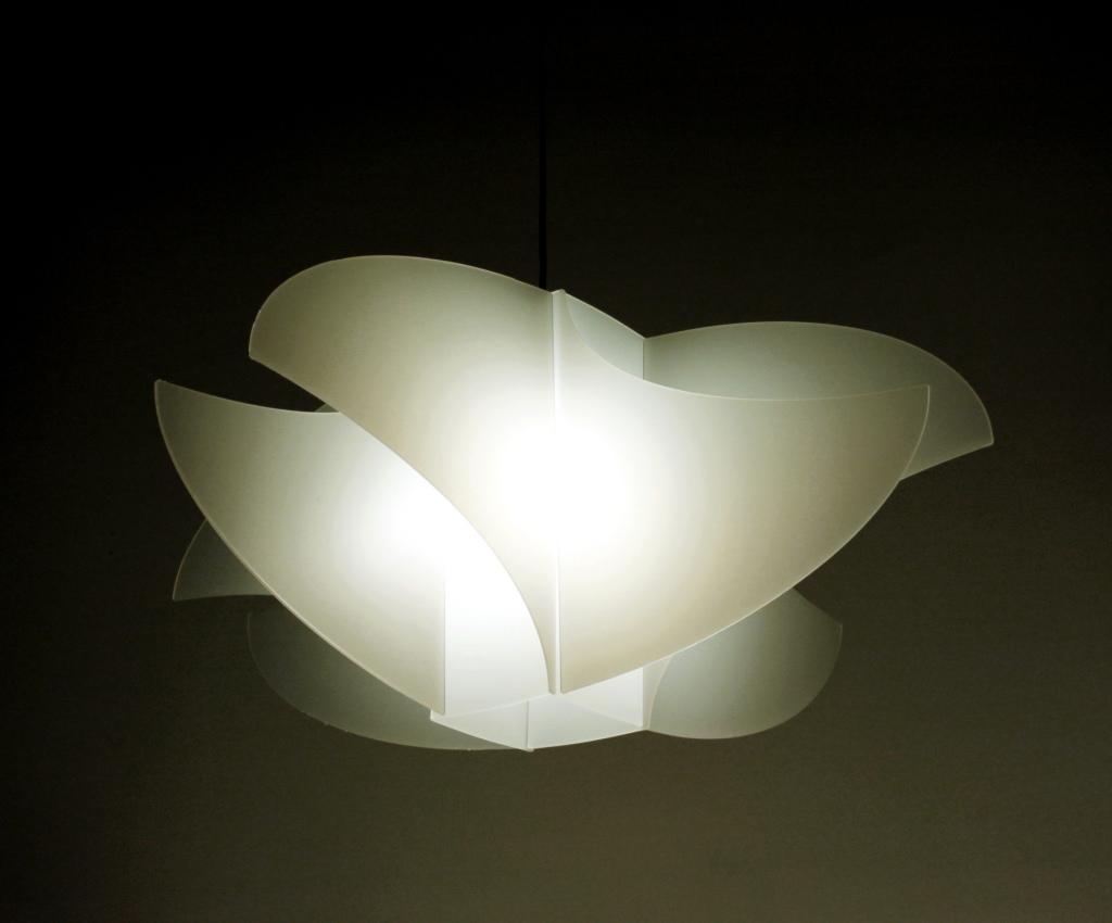 Lampada a sospensione join lamp oluna bianca portaorologi